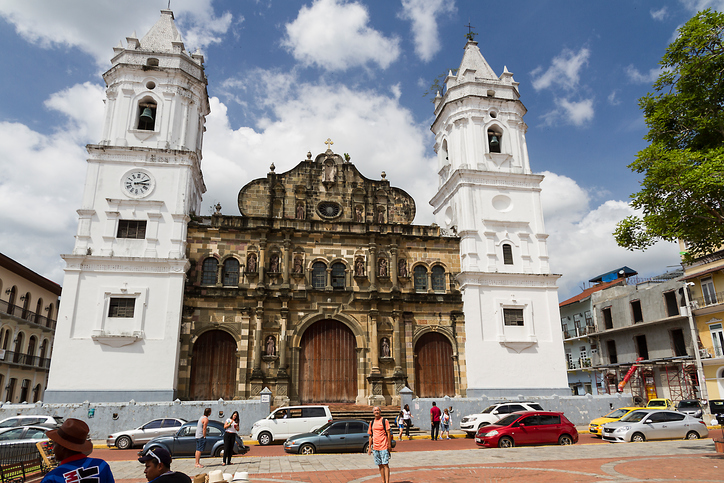Panama City, Panama - January 25, 2015: Metropolitan Cathedral. Located i the Casco Viejo (Old town) in Plaza de la Independencia. As usual tourist can be seen making selfie in front of the church.