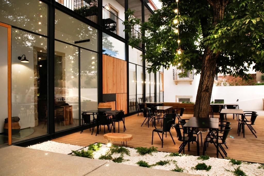 patio-das-tias-camellas-no-sapientia-books-wine-hotel-4_creditos-divulgacao