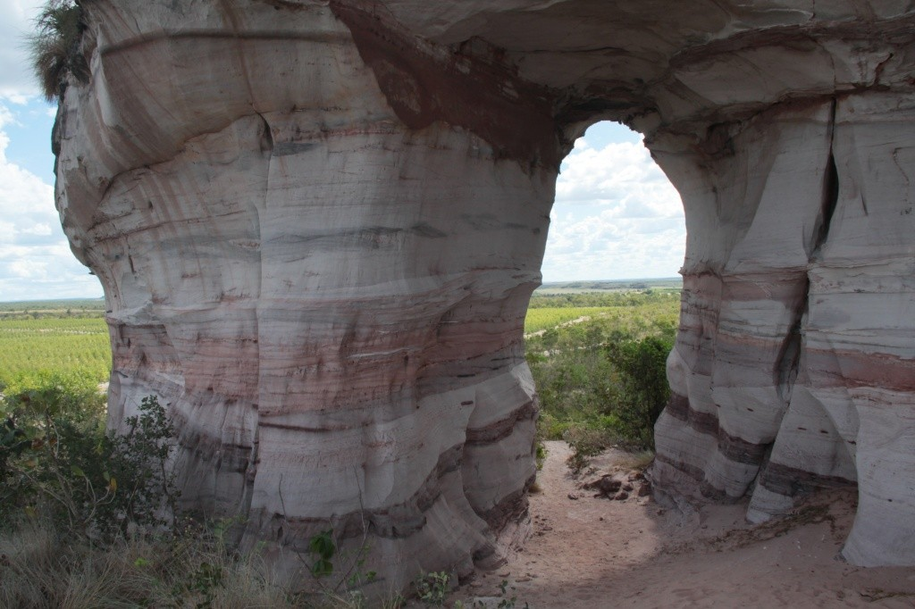pedra-furada-ponte-alta-foto-emerson-silva-22