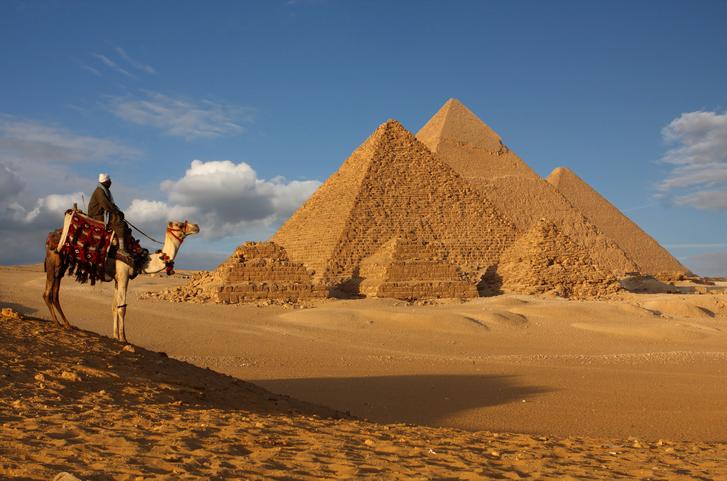pyramids bedouin