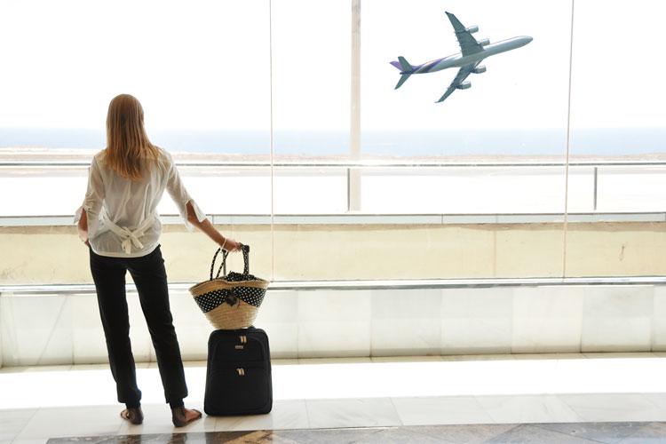 mulher-viagem-sozinha