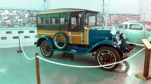 Foto por Facebook Museo Cars via Divulgação