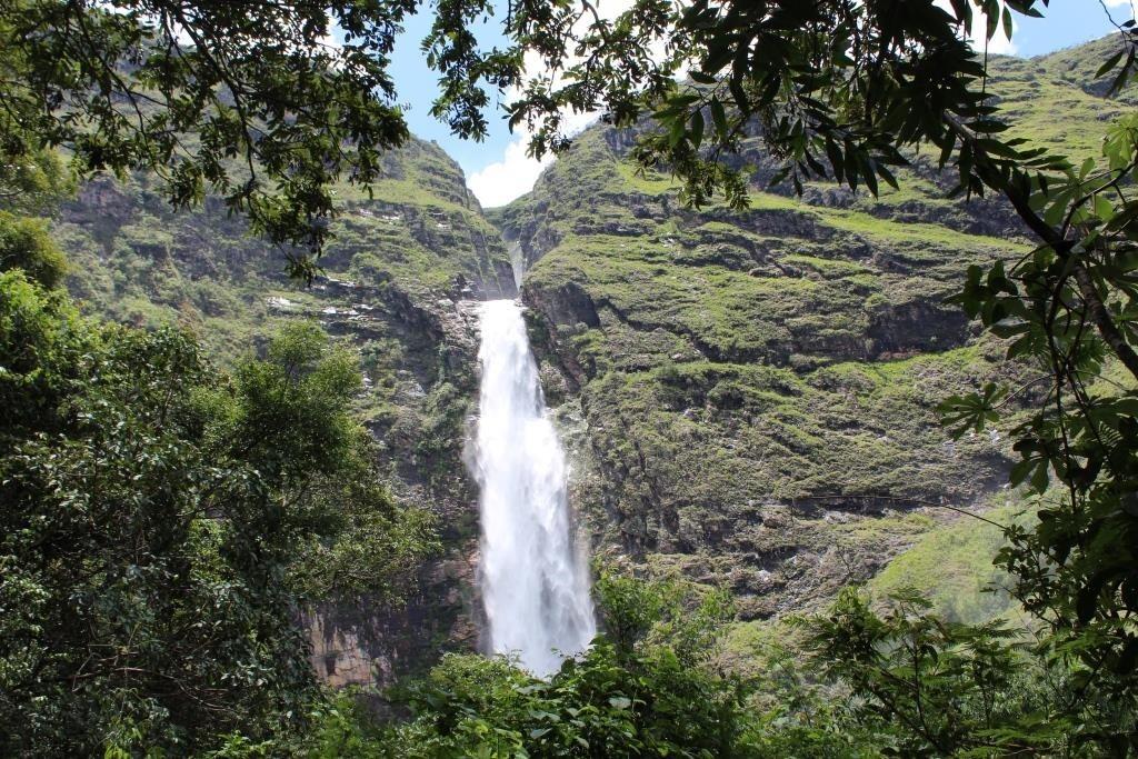 cachoeira-casca-danta-2-media