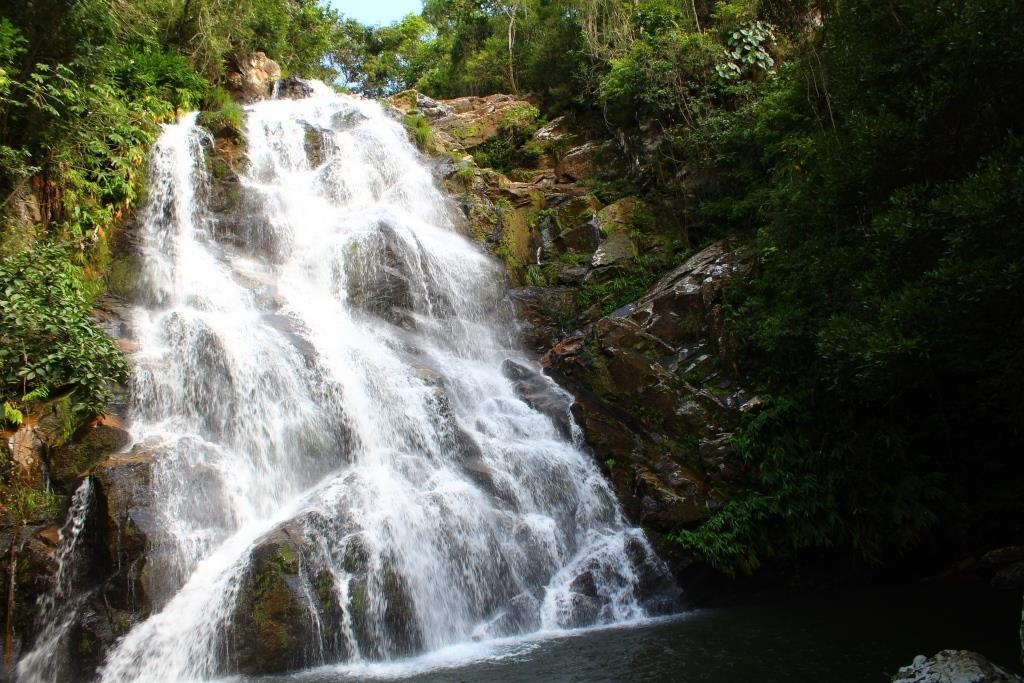 cachoeira-da-chinela-2-media