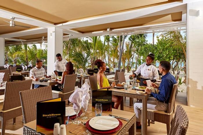 restaurante-hotel-riu-palace-punta-cana-3_tcm73-203166