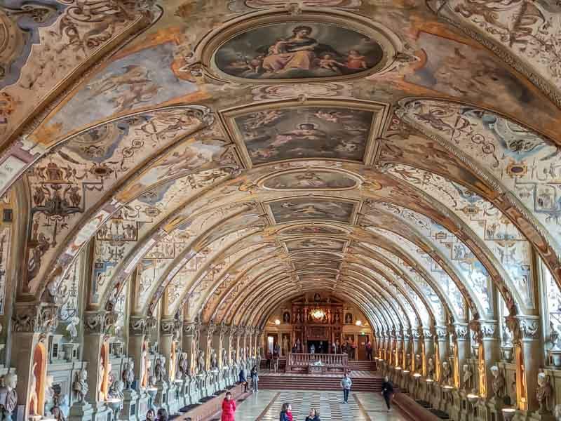 Palácio Residenz, principal atração em Munique. Foto: Adriana Lage