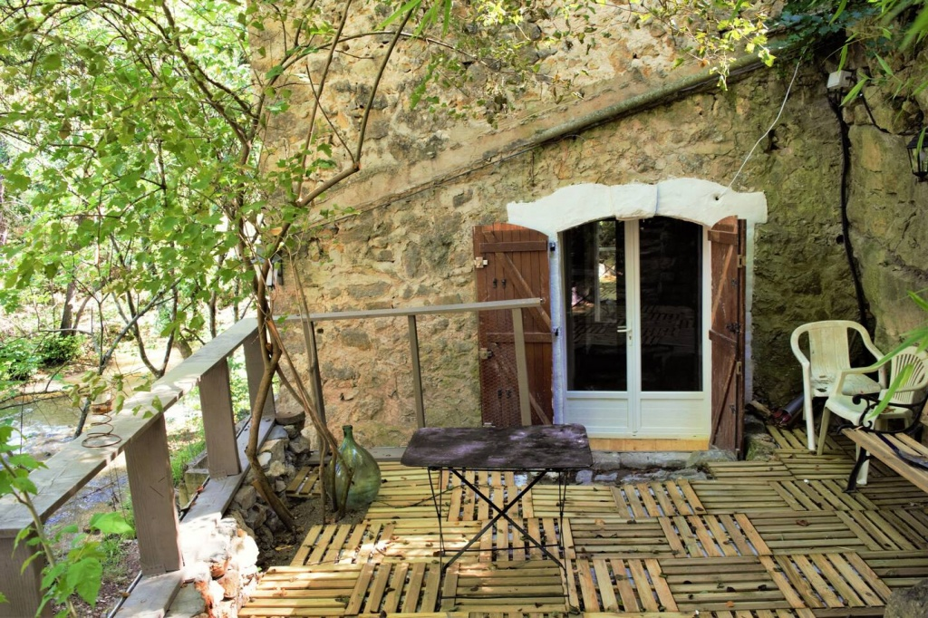 cave-provence Airbnb