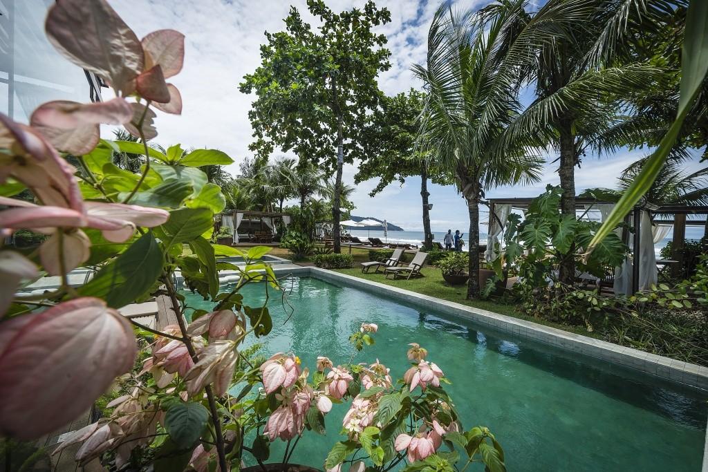piscina-jardim