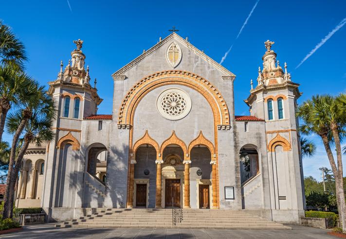 Igreja Presbiteriana Flagler Memorial. Foto por iStock / miroslav_1