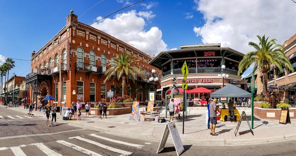 Bairro latino de Ybor City. Foto por VISIT FLORIDA for VISIT FLORIDA