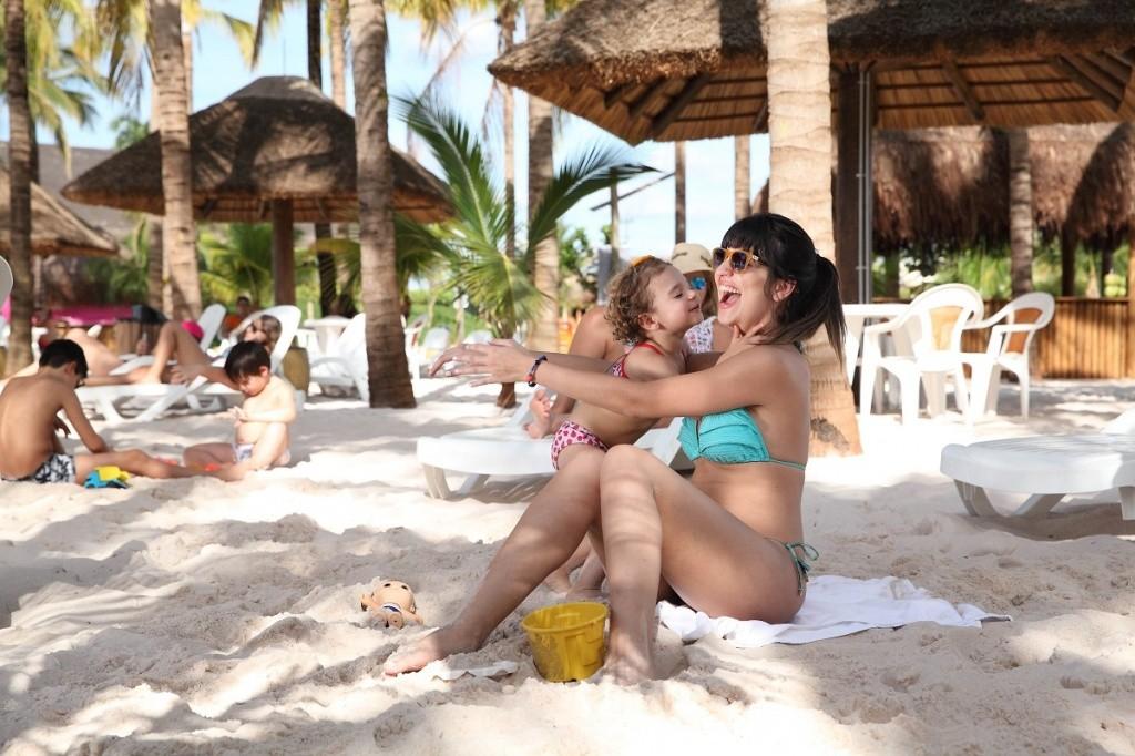 praia-do-parque-aquatico-hot-beach