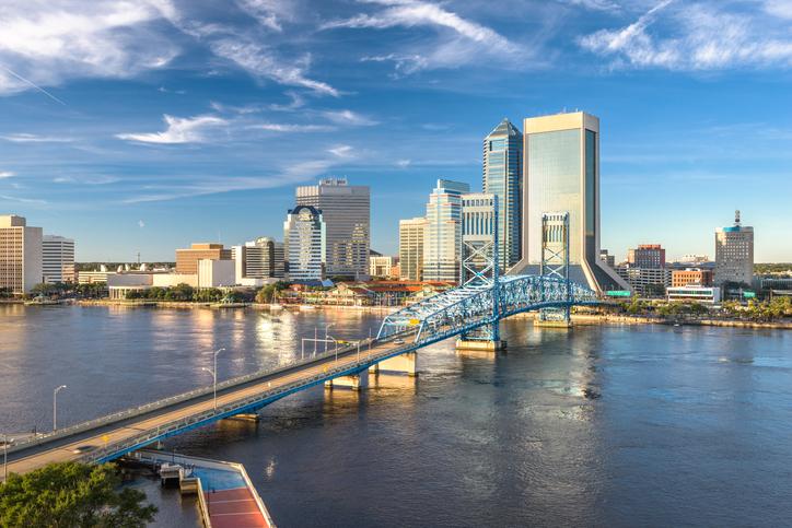 Jacksonville, Florida, USA downtown city skyline at dusk.